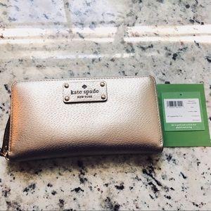 Kate Spade ♠️ PINK BONNET Cameron Street wallet